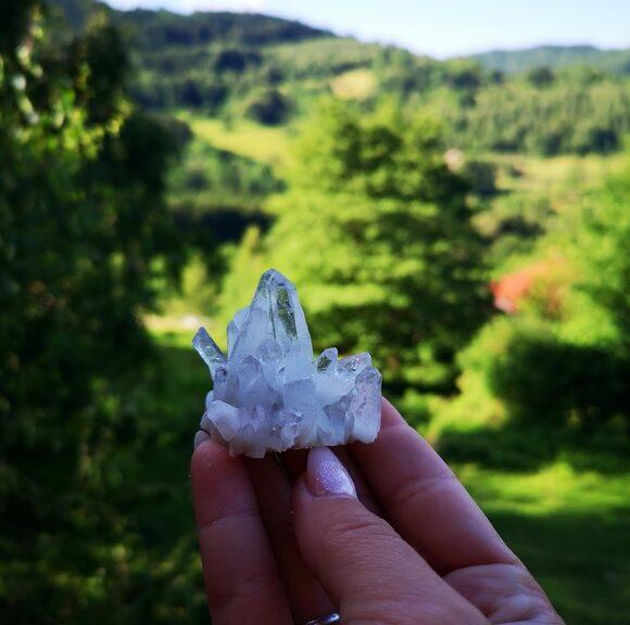 kluster i bergkristall